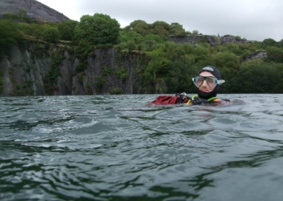 I first developed my SCUBA skills in the cold quarries of the UK. Tough but an excellent training ground.
